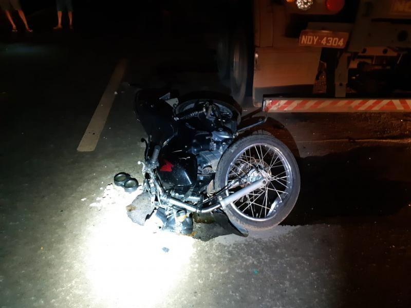 Filho de Policial morre após bater moto em traseiro de caminhão na BR-364