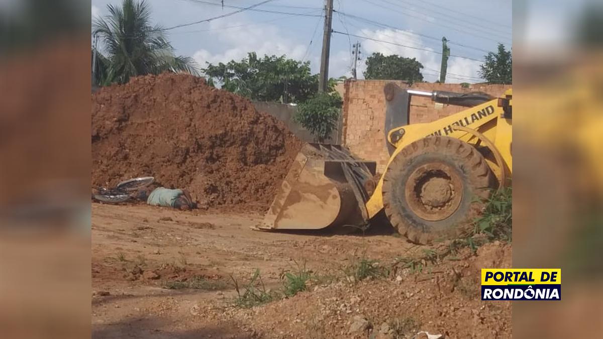 Idoso morre atropelado por trator em obra inacabada da prefeitura na avenida Mamoré
