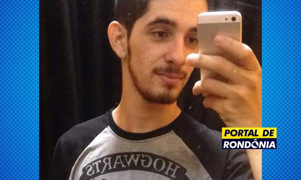 Resultado de imagem para Estudante de 21 anos morre após bater motocicleta contra arvore, em RO