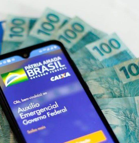Brasileiros de classe alta foram aprovados para receber auxílio emergencial
