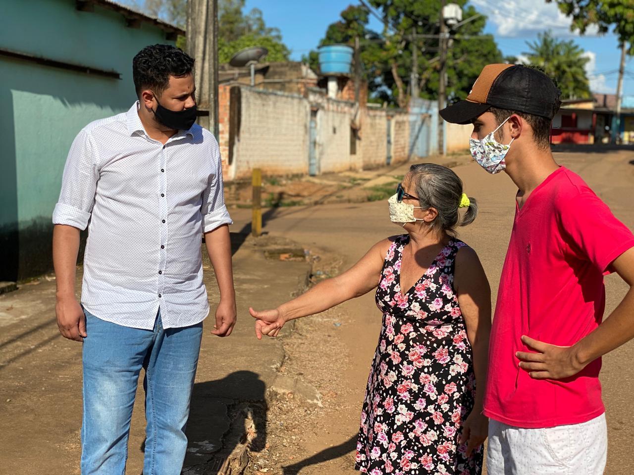 Samuel Costa visita bairros de Porto Velho e ouve o clamor da população