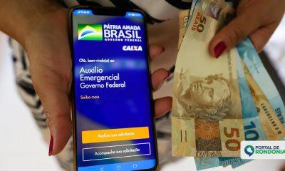 Auxílio Emergencial: Veja quem pode sacar ou transferir o benefício