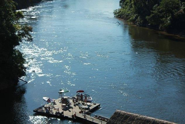 Jovem morre afogado no Salsalito Park em Candeias do Jamari