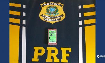 PRF prende homem com Carteira Nacional de Habilitação Digital Falsa na BR-364
