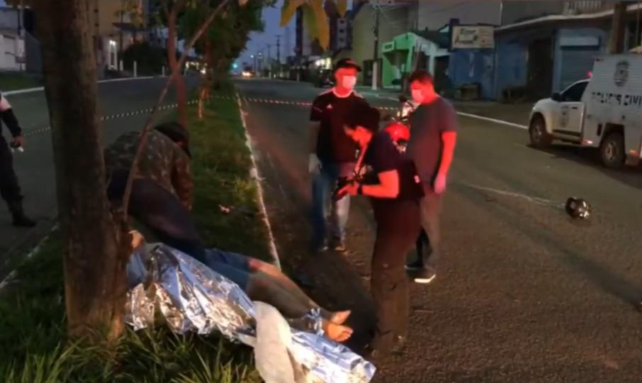 Universitário da FIMCA morre após perder controle de moto e bater de frente em árvore