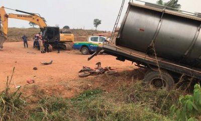 Acidente entre motociclista e caminhão deixa vítima fatal em Rondônia
