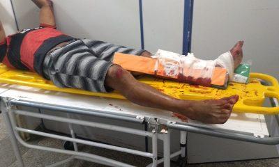Motociclista sofre grave acidente ao colidir com carro na capital