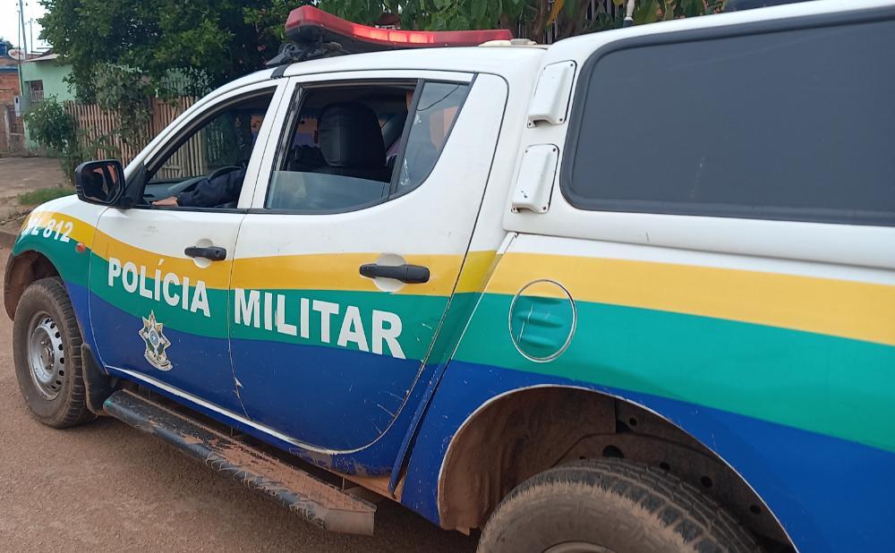 Bando sequestra motorista de App e atira contra mulher durante roubo na capital