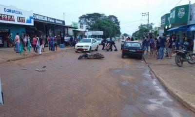 SEXTA FEIRA 13: Acidente envolvendo 3 veículos atrasados