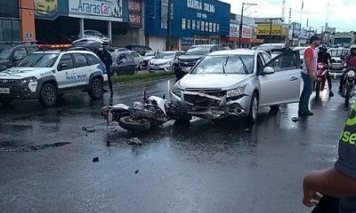 Jovem morre após bater de frente com automóvel na BR-364