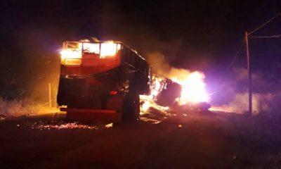 Motorista morre após explosões de carretas em colisão na BR-364