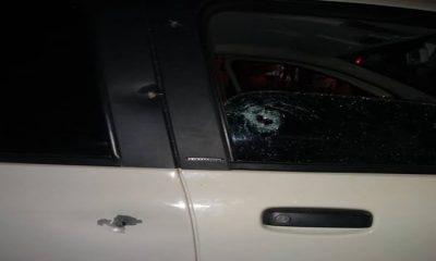 Família sofre atentado a tiros dentro de automóvel na capital
