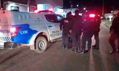 Policiais atiram contra homem que após ameaçar a mãe, tentou matar um sargento