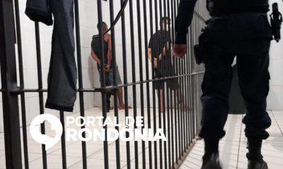 Homens rendem motorista e roubam caminhão de frete para carregar eletrodomésticos furtados de loja em Porto Velho