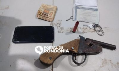 Dois irmãos são presos com arma caseira e moto roubada após assalto em Porto Velho