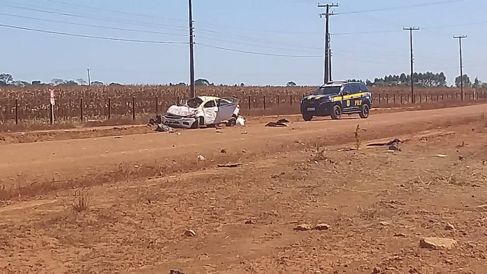 Homem rouba táxi em Mato Grosso e morre após capotar o carro em Rondônia