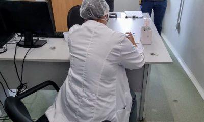 Falsa médica é presa dando plantão em Hospital de Campanha de Porto Velho